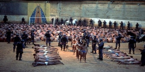 Gambar Unik: Banyak Narapidana Menjadi Gila di Penjara ...